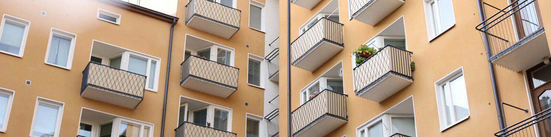 Taloyhtiöiden linjasaneerausta ammattitaidolla. Rakennusliike TRT toteuttaa putkiremontit taloyhtiöissä. Kysy lisää!